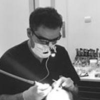 دکتر رضا واحدی